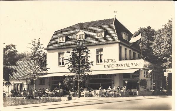 Bloemendaalscheweg, hoek Zijlweg, Hotel Roozendaal (1)