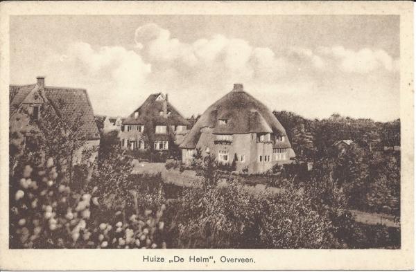 Lonbar Petrilaan, Villa de Helm