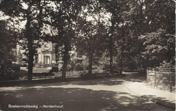 Boekenroodeweg, Villa Nijenberg (1)
