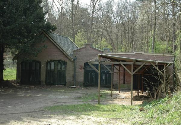 Duinlustweg 36 Garage van de buitenplaats Koningshof