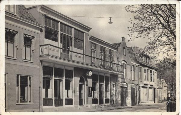 Kerkplein, Hotel Pension Vreeburg (3)